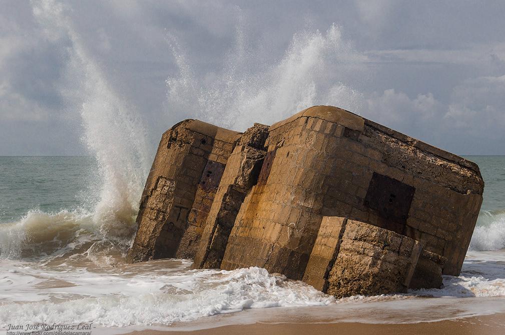 Nudismo Naturismo en Cádiz playa de bunker de camposoto sanfernando
